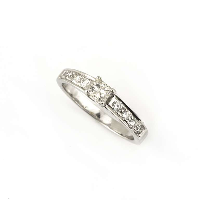 18k White Gold Princess Cut Diamond Ring 0.67ct